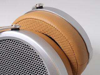 Deva ear pad ventilation