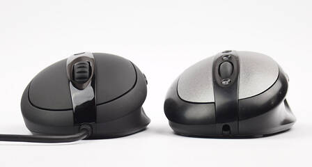 392e6bcb9b2 Here are some shape/size comparisons with other mice: Logitech MX500